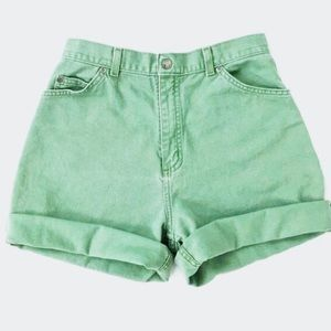 tommy hilfiger green jean shorts good condition
